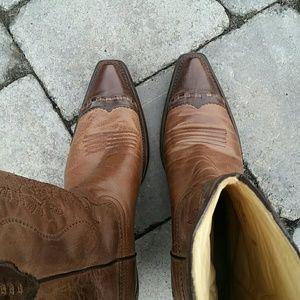 Corral Shoes - Corral Cowgirl Boots